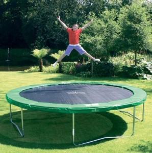 trampoline-jardin