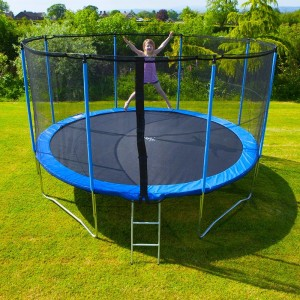 trampoline pas cher fabulous un trampoline fermentant une. Black Bedroom Furniture Sets. Home Design Ideas