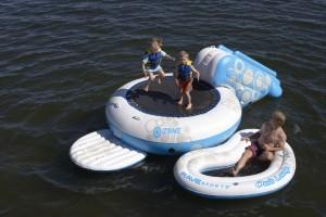 trampoline-aquatique-enfants