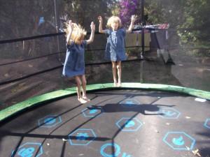 trampoline-exterieur-enfant