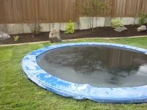 trampoline-inground-bleu