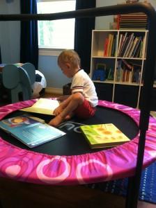 trampoline-intérieur-enfant