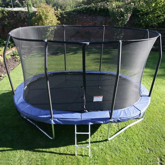 trampoline ext rieur bien le choisir avec les conseils
