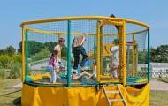camping-normandie-avec-trampoline