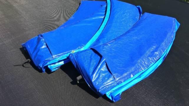 Coussin de protection pour trampoline