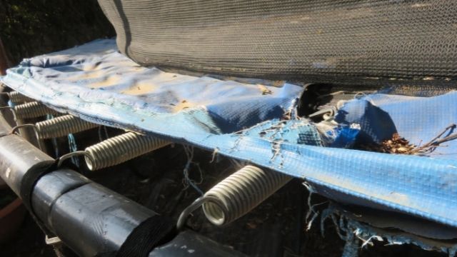 Kit répération trampoline : Déchirure du coussin de protection
